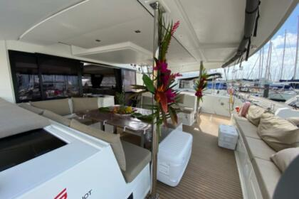 Hire Catamaran Fountaine Pajot Saba 50 Figari