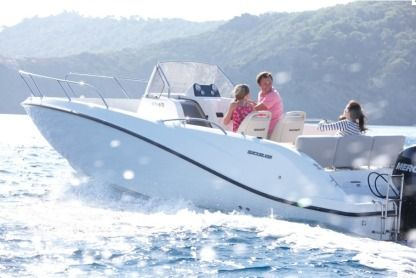 Rental Motorboat Quicksilver 675 Activ Open Fréjus
