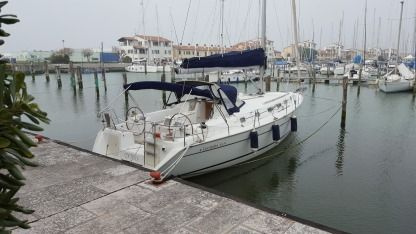 Rental Sailboat Beneteau Cyclades 43.4 Venice