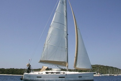 Hire Sailboat DUFOUR 460 Rogoznica