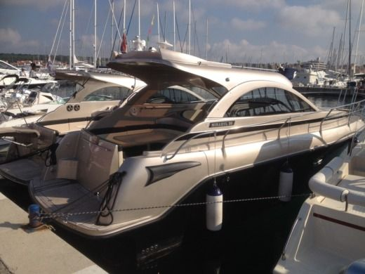 Grginic Yachting Mirakul 30 Hardtop in Novalja peer-to-peer