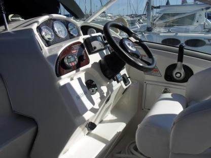 Charter Motorboat Sea Ray Sundancer 275 Canapville