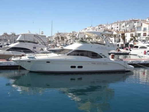 Sea Ray 525 Sedan Bridge en Marbella