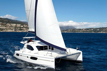 Rental Catamaran Leopard 44 Marmaris