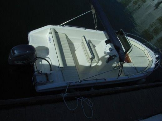 Terminal Boat Free Bord 18 in Empuriabrava for hire