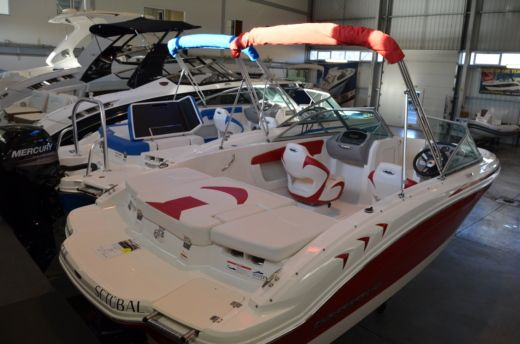 Chaparral H2O 19 Sport in Setúbal for hire