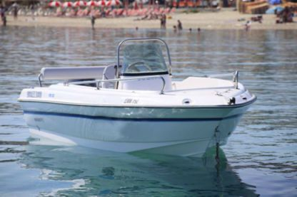 Charter Motorboat Olympic 450 Cc Chalkidiki