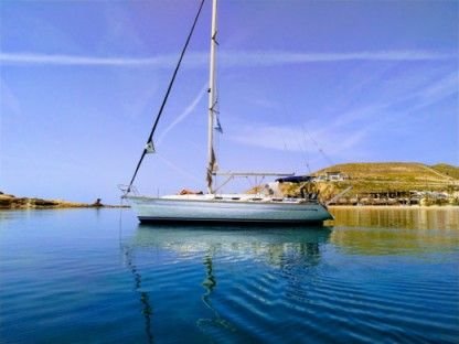 Charter Sailboat Bavaria 42 Cruiser Milos