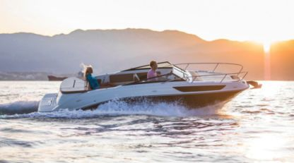 Rental Motorboat Sea Ray 230 Ss Rab