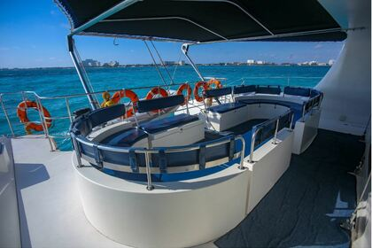 Hire Catamaran Jupiter 2005 Cancún