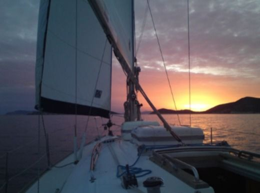 Bavaria 37 in Platis Gialos for hire