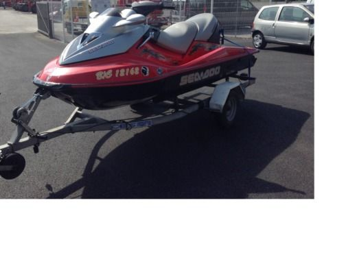 Jet ski Seedoo GTX peer-to-peer