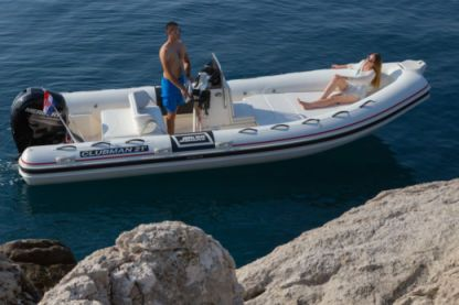 Location Semi-rigide Joker Boat Clubman 21 Ponza