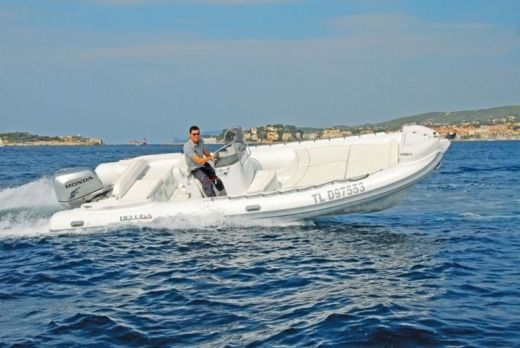 Beluga 24 Open in Saint-Florent for hire