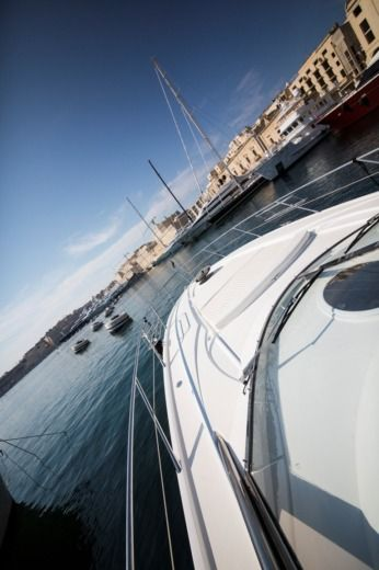 Sunseeker Portofino 46 in Birgu for hire