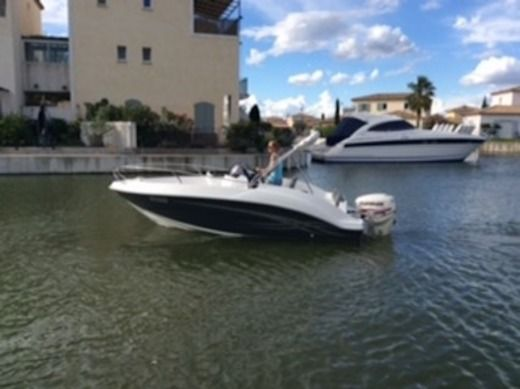 BANTA Star-Ship 545 in Aigues-Mortes for hire