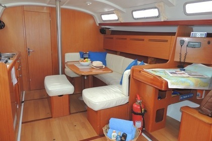 Rental Sailboat BENETEAU CYCLADE 43.3 Volos