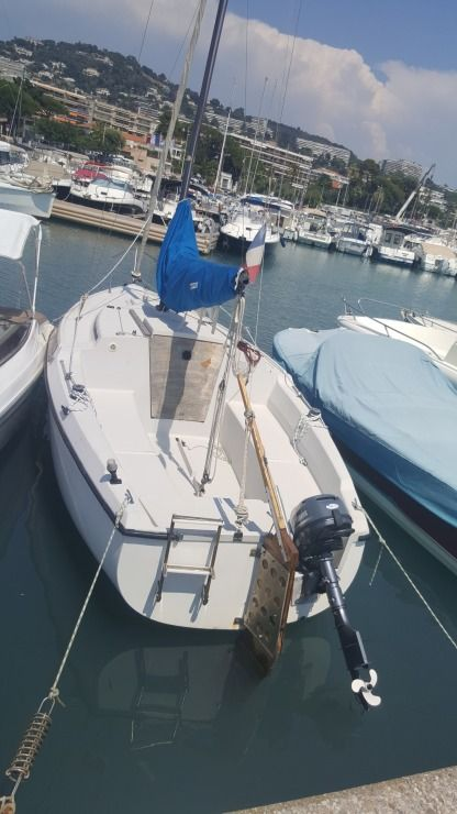 Rental Sailboat Jeanneau Flirt Cannes