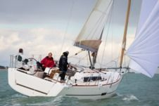 Sailboat Dufour 350 Grand Large for hire