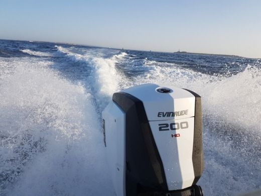 Motorboat SESSA MARINE Key Largo 24 for hire