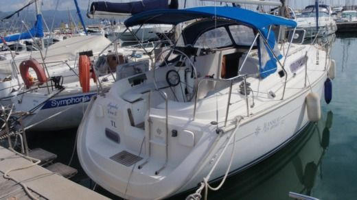 Sailboat Jeanneau 32.2 peer-to-peer