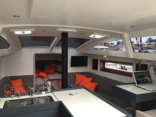 Fora Marine Rm 1270 in Saint-Tropez peer-to-peer