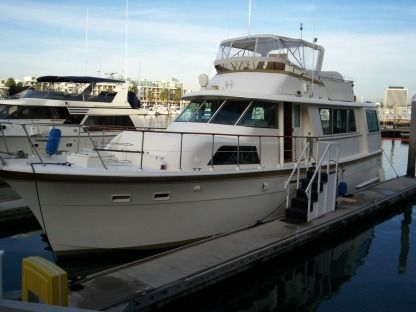 Rental Motorboat Hatteras Custom Los Angeles