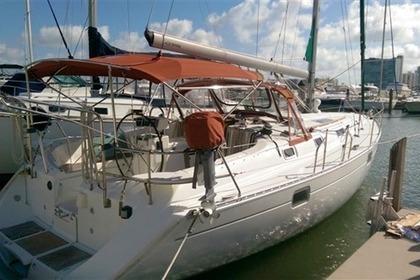 Charter Sailboat BENETEAU 41 Miami