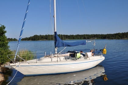Rental Sailboat Comfort 30 Åkersberga