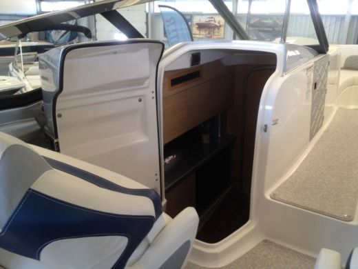 Chaparralboats 327 Ssx in Setúbal for rental