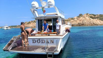 Charter Motorboat Big Game 45 Sedan La Maddalena