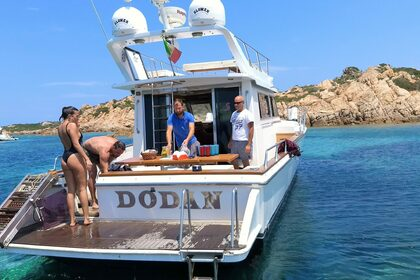 Hire Motorboat Big Game 45 Sedan La Maddalena
