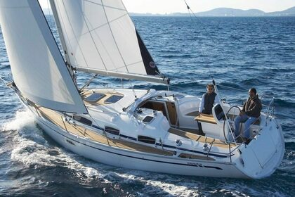 Hire Sailboat BAVARIA 50 CLASSIC Volos