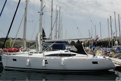 Hire Sailboat Elan Marine Elan 444 Impression Pula