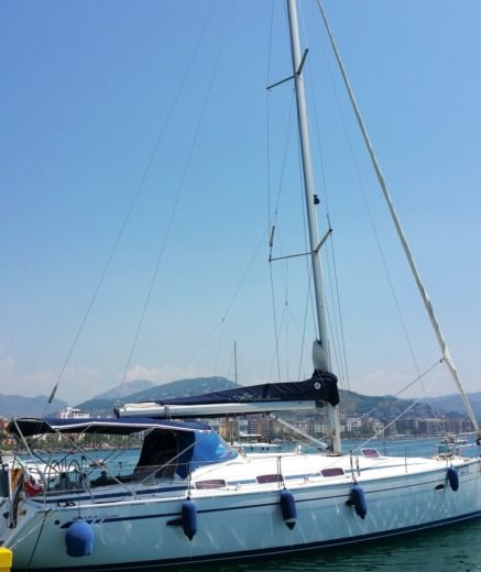Sailboat Bavaria 42 Cruise For Solo Women