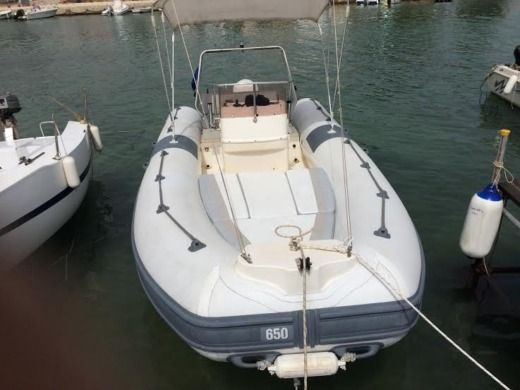 Charter rIB in Ognina SR peer-to-peer
