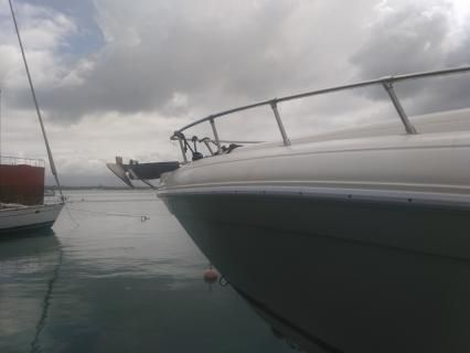 Charter motorboat in Pointe-a-Pitre