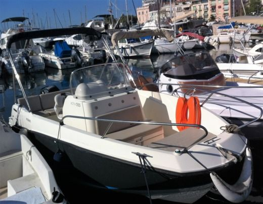 Quicksilver Open Activ 555 in Cannes zu vermieten