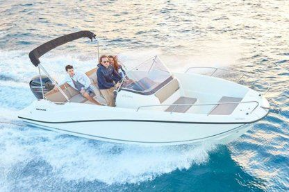 Rental Motorboat Quicksilver Activ 675 Open Palamós