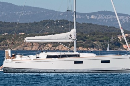Hire Sailboat BENETEAU OCEANIS 38.1 Cannigione