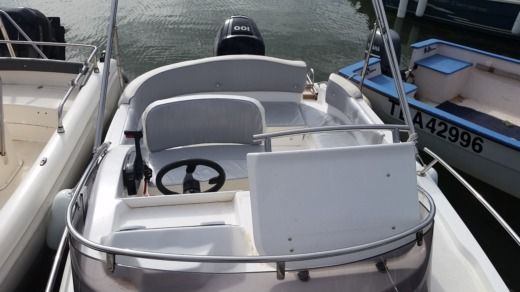 Motorboat Marinello Family Sport 19 for hire