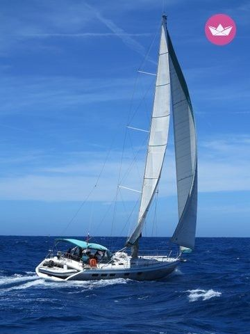 Charter sailboat in Funchal