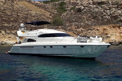 Rental Motorboat FAIRLINE 55 SQUADRON Saint Paul's Bay