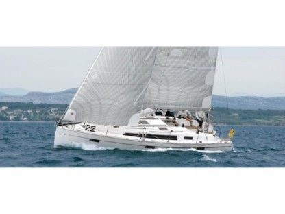 Rental Sailboat Bavaria Bavaria 40 Cruiser S Lisbon
