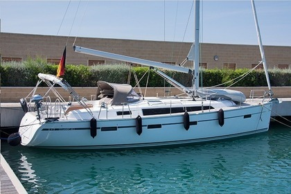 Rental Sailboat BAVARIA 41 CRUISER San Vincenzo