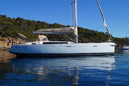 Charter Sailboat DUFOUR 485 grand large Le Lavandou