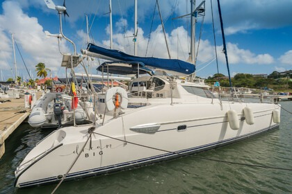 Hire Catamaran Fountaine Pajot Lavezzi 40 Rodney Bay