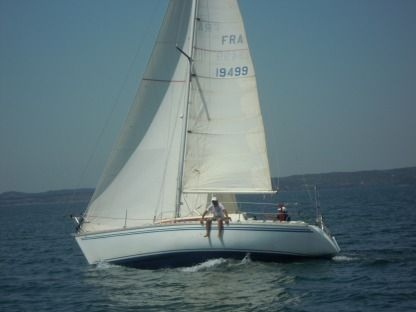 Charter Sailboat Jeanneau Rush Martigues
