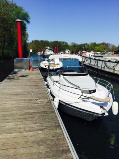 Ranieri Atlantis 22 in Gentilly for hire