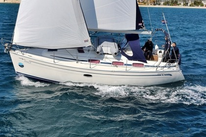 Hire Sailboat BAVARIA 33 C Sukošan